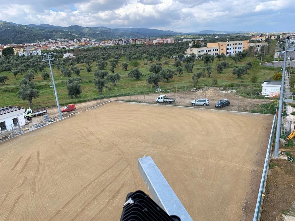 Realizzazione impianto sportivo in erba sintetica